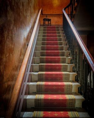 stairs-2279865_1280.jpg